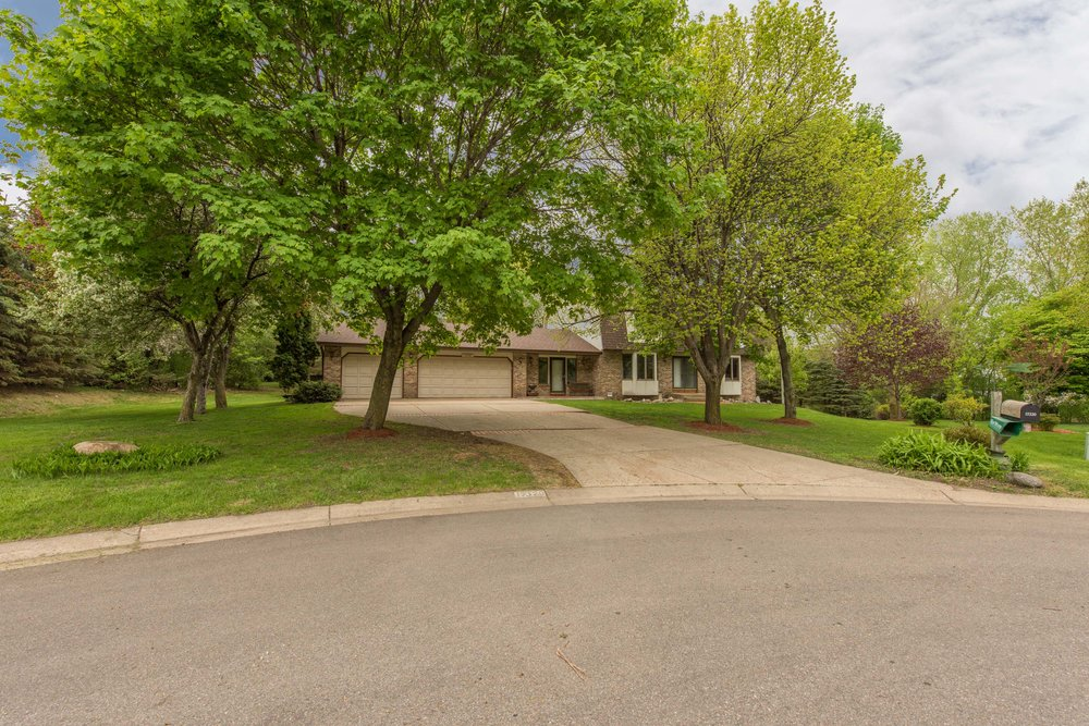 17320 32nd Ave N, Plymouth, MN -1.jpg