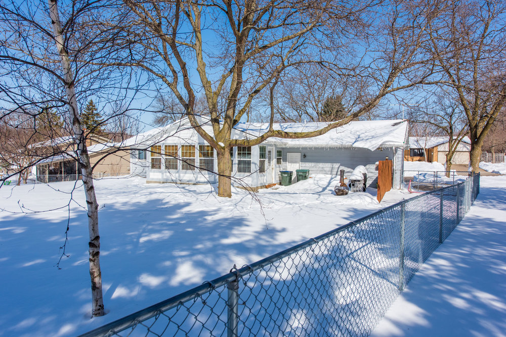 13774 Fordham Ave, Apple Valley, MN-21.jpg