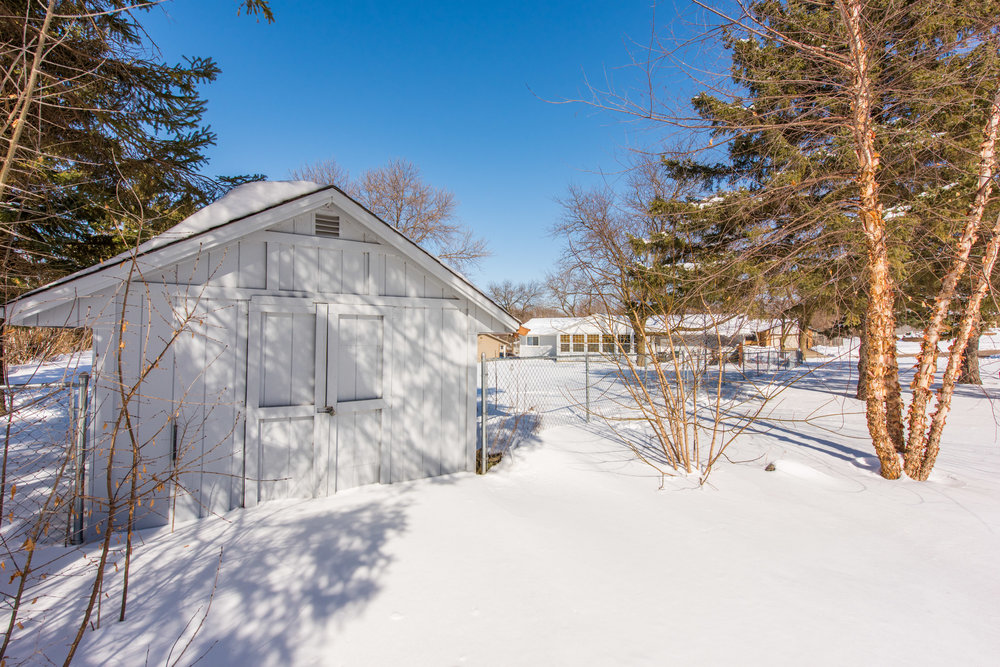13774 Fordham Ave, Apple Valley, MN-25.jpg