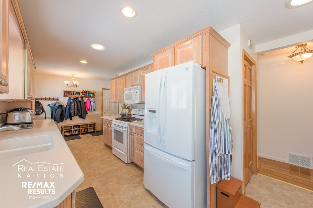 13774 Fordham Ave, Apple Valley, MN brand-6.jpg