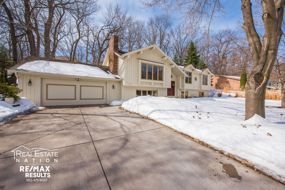 7320 130th St W, Apple Valley MN brand-1.jpg