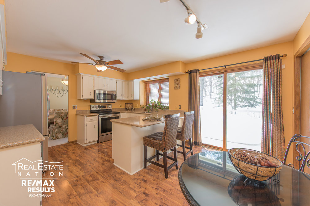 7320 130th St W, Apple Valley MN brand-8.jpg