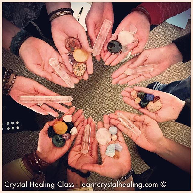 A photo from the crystal healing 2-day class that I taught in Vancouver. A wonderful group of students that did fabulous crystal healing work! 🌟😊💖 #healingcrystals #learncrystalhealing #crystalhealing #crystalhealingclass