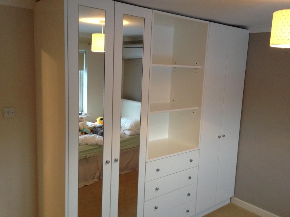 Flat wardrobe 3.JPG