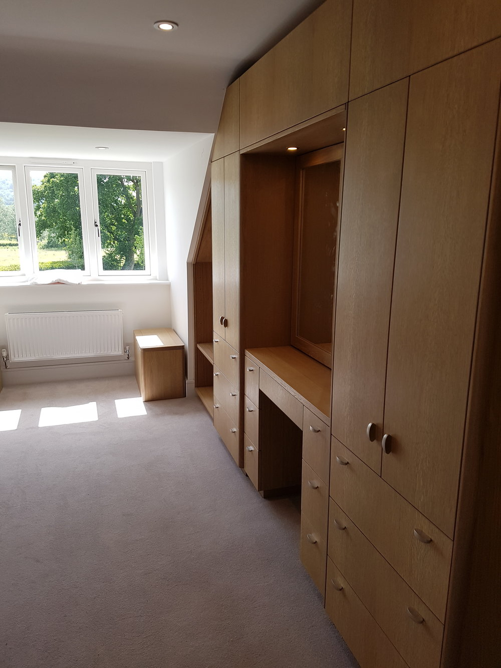 Oak veneered bedroom wardrobe.jpg
