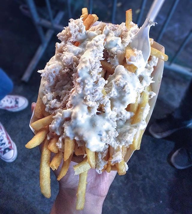 The @oc_nightmarket is happening THIS FRY-DAY!  Can't wait! 👇 TAG A FRIEND 👇 #Repost @v_fashion24 ・・・ ~ Worth Every Calorie ~ 💕👌🏼 Each bite of 🍟 was delicious! #Rakken #garliccrabfries #amusthave #oc #ocnightmarket2016 #couldntresist #yum #nomnom #saturdaynight #nightlife #vsco #vscocam #foodie