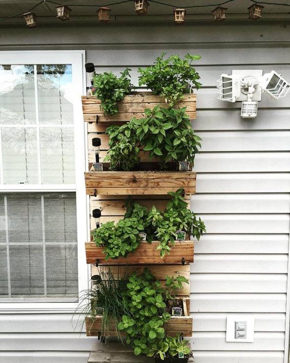 Stackable Garden by TheHayLoftGoods