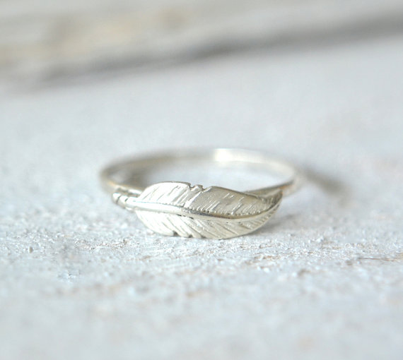 Delicate Finger Ring by Metalvine
