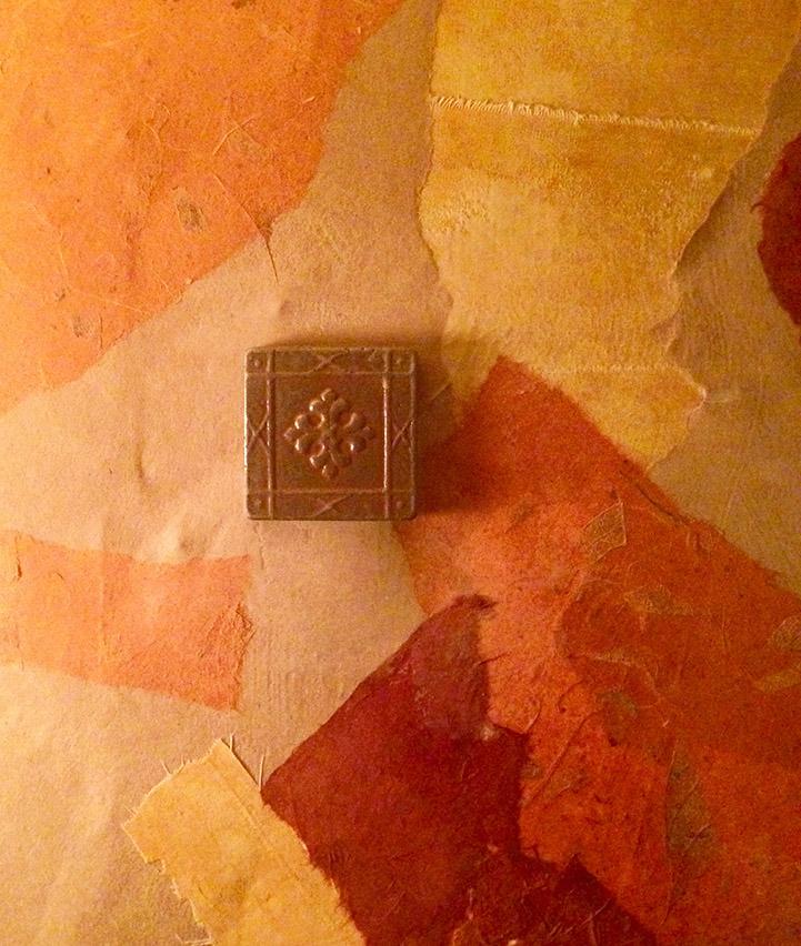 DownstairsBedroom.Detail1.jpg