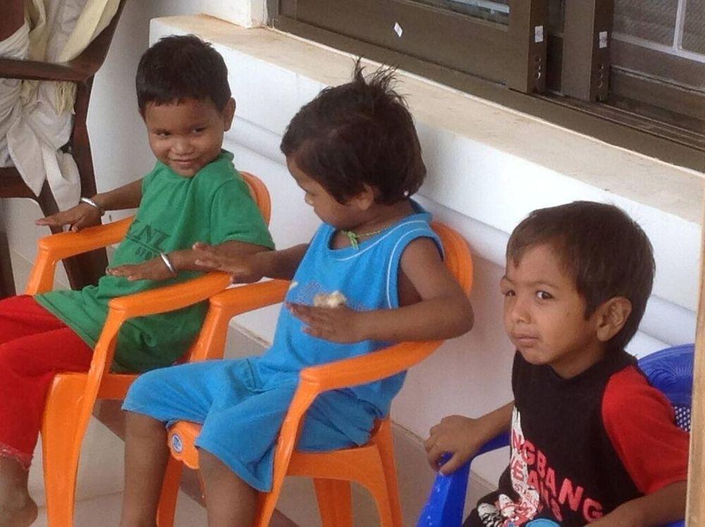 Children waiting on Clinic Day.jpeg