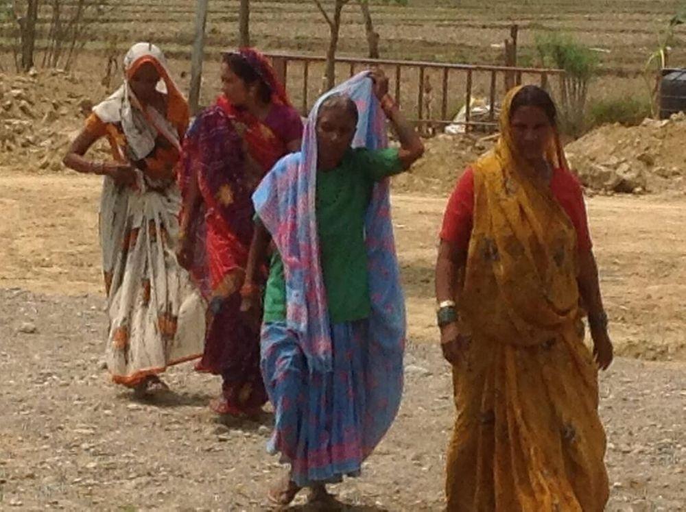 Women coming to clinic.jpeg