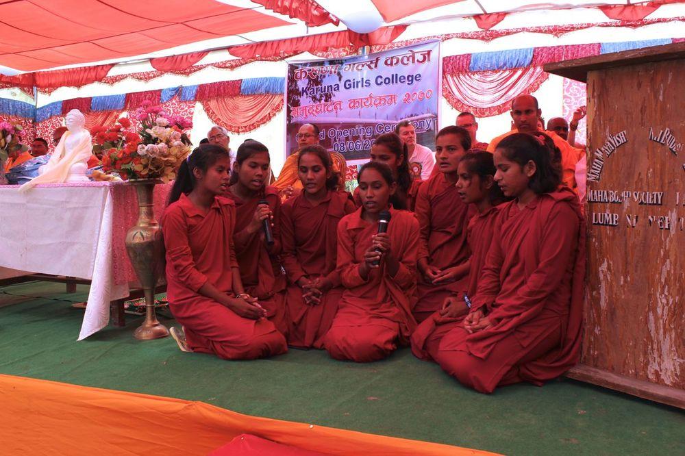 Peace Grove nuns chant.jpg