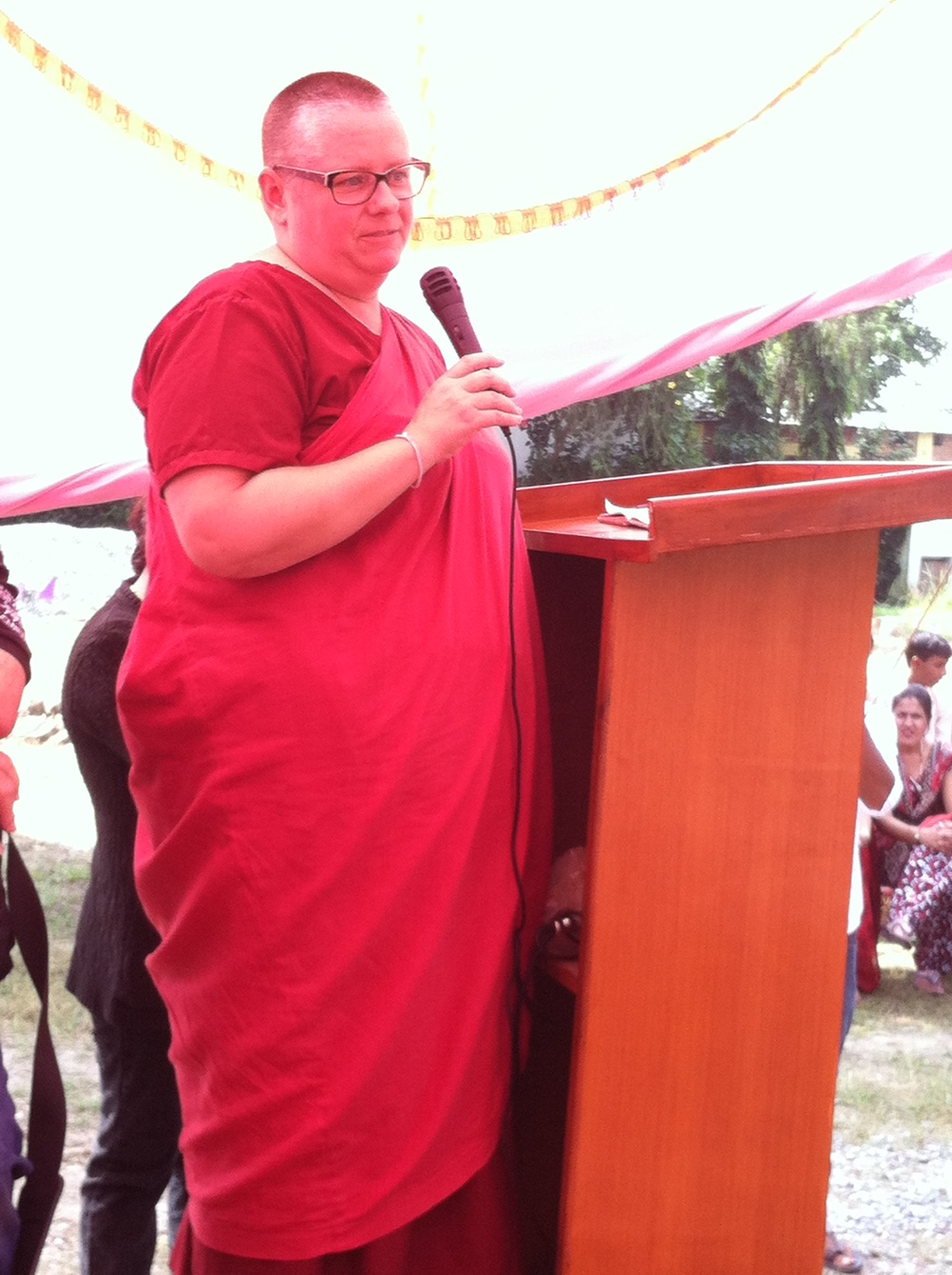 Bodhi Ma addresses the girls.jpg