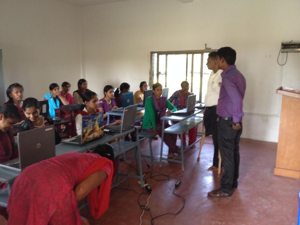 Computer classes in high gear.JPG