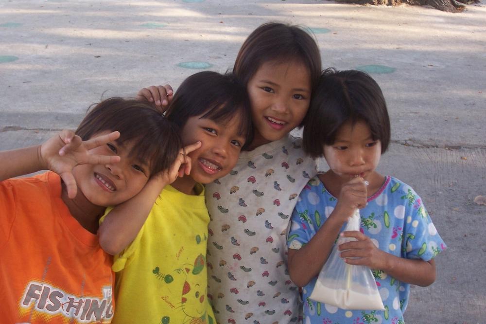 Saraburi Girls.JPG
