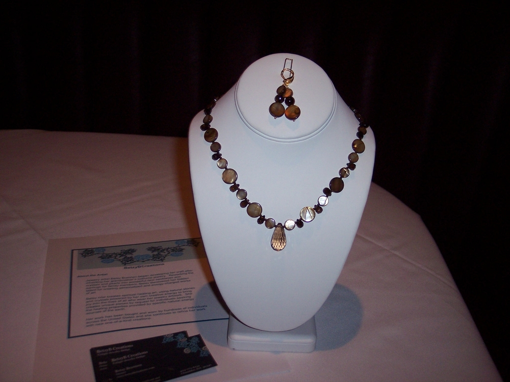 auction necklace 2008.JPG