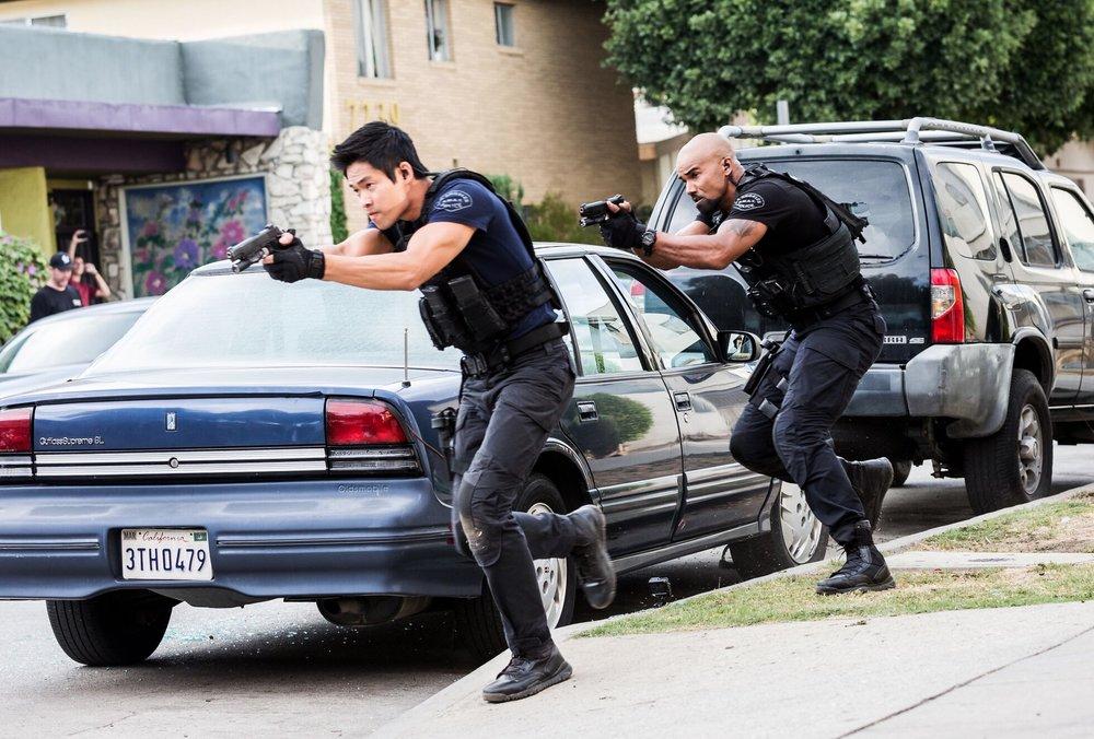 swat105tan.jpg