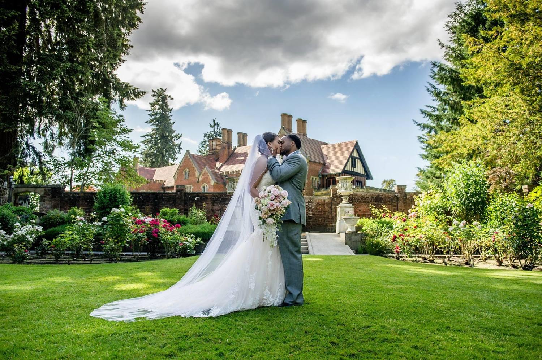 Seattle tacoma wedding venue indoor outdoor thornewood castle newlywedsg junglespirit Image collections