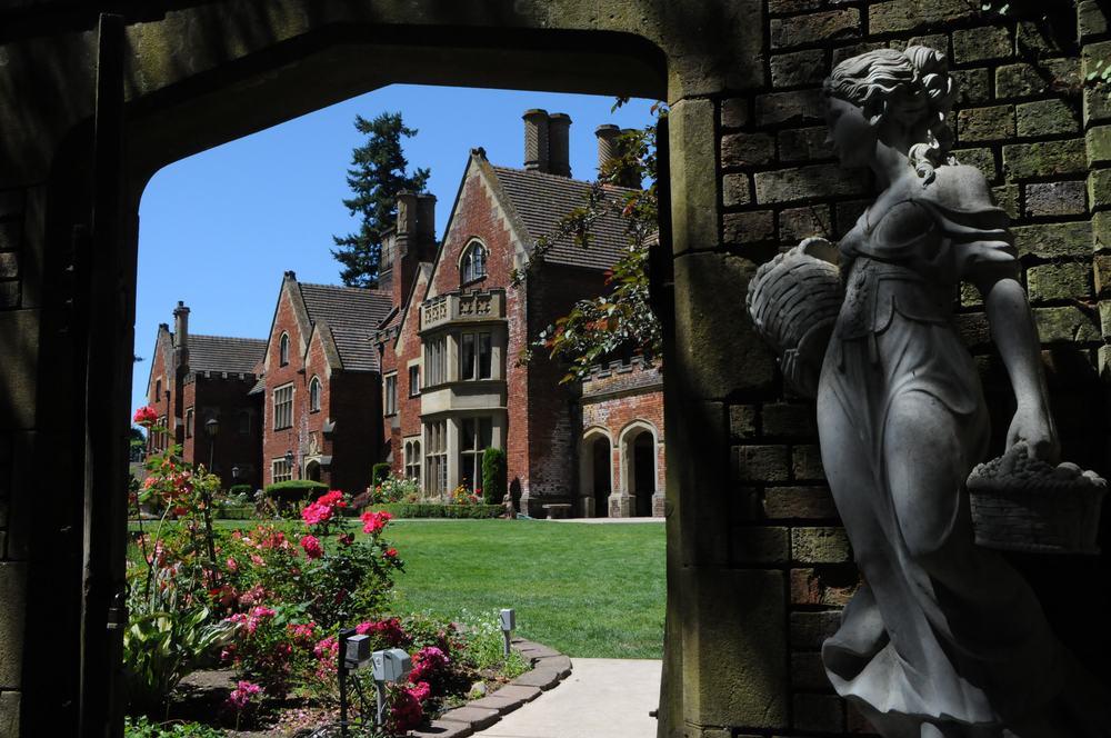 Thornewood Castle From Garden Gate.jpg