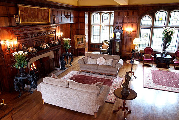 The Interior Of Thornewood Castle Is Comprised Of 54 Rooms, Including 22  Bedrooms And 22 Baths. More Photos Of The Bed And Breakfast Suites Are  Available On ...