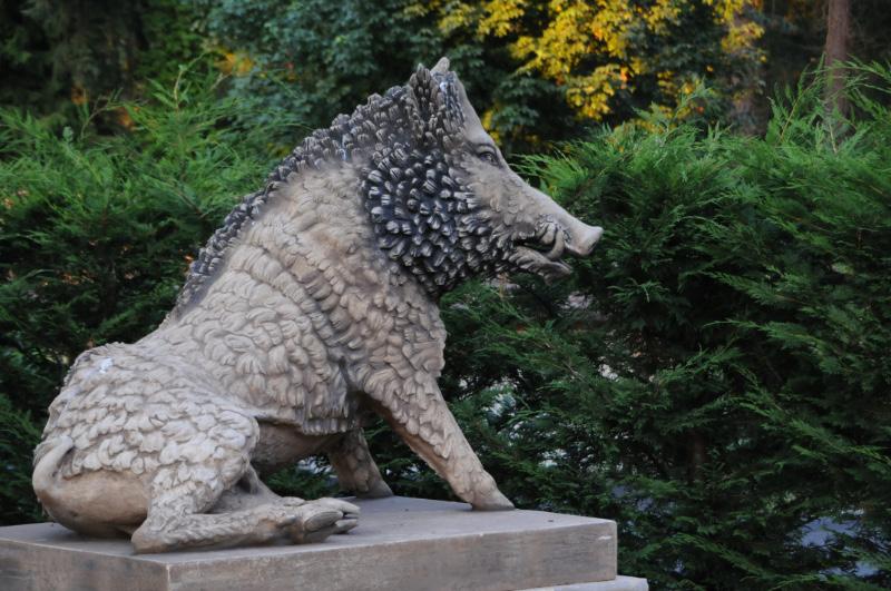 Wild Boar Statuary From England.jpg