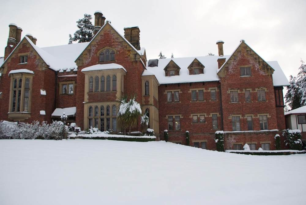 MORE OF THORNEWOOD ON WINTER DAY.jpg