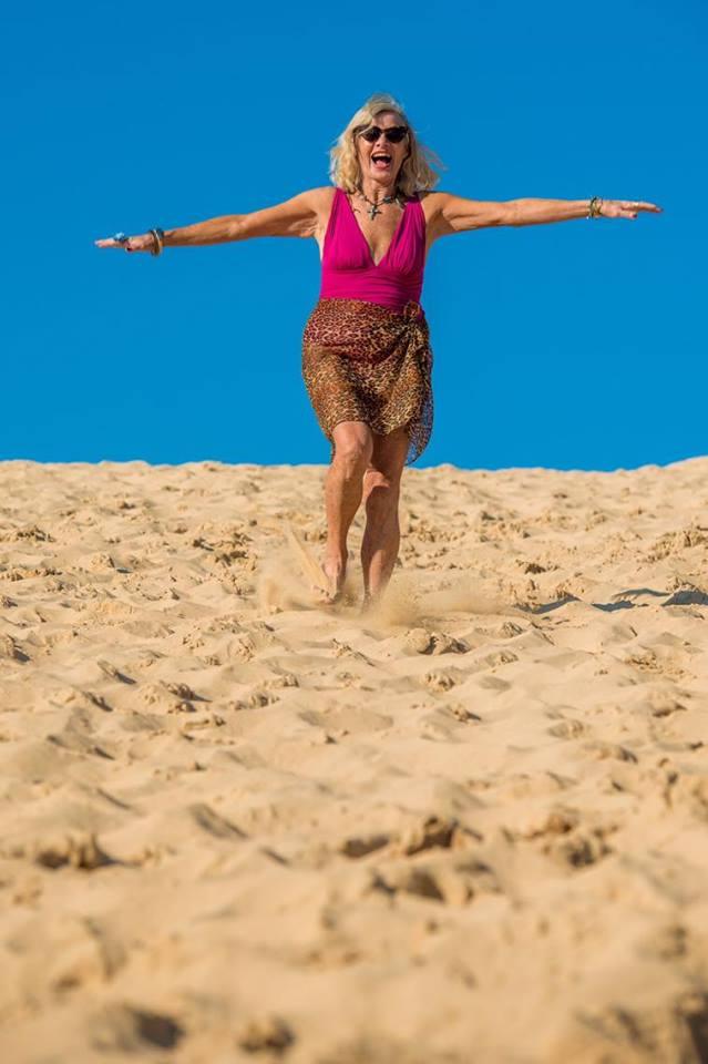Screenshot VEOV DRIVE Dancing in the sand dunes.jpeg