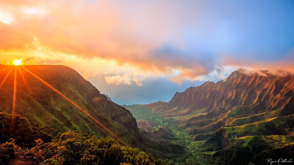 Kalalau_Valley.jpg