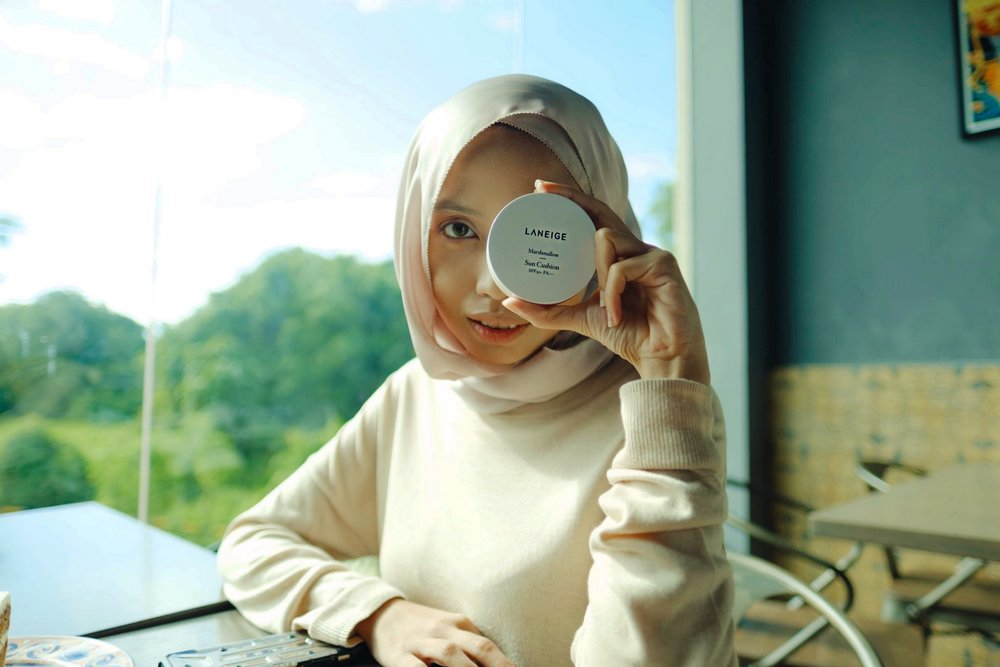 Laneige Sun Cushion - Your makeup game must be on, and this cushion acts as a perfect base while still protecting your skin against the hot KL sun