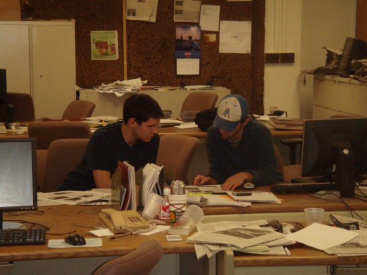 Derrick Perkins (left) trained in spring 2007 to be a news editor at Massachusetts Daily Collegian, the University of Massachusetts Amherst's student paper. Photo courtesy of Derrick Perkins.
