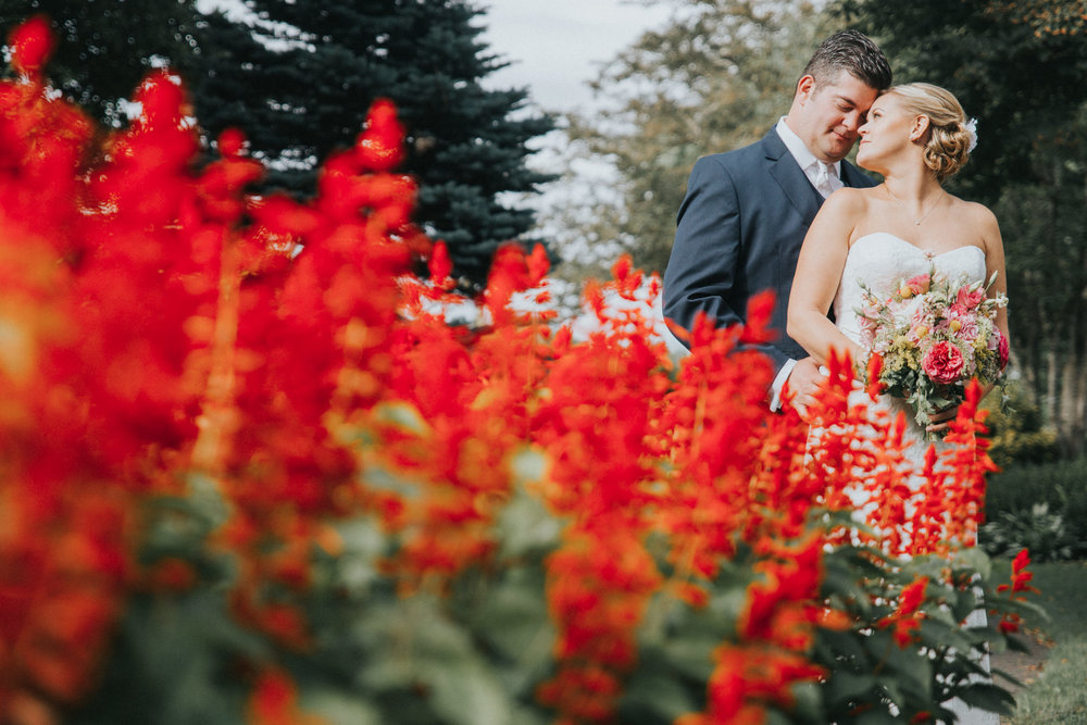 Oregon Gardens Outdoor Wedding | Kai Hayashi Photography