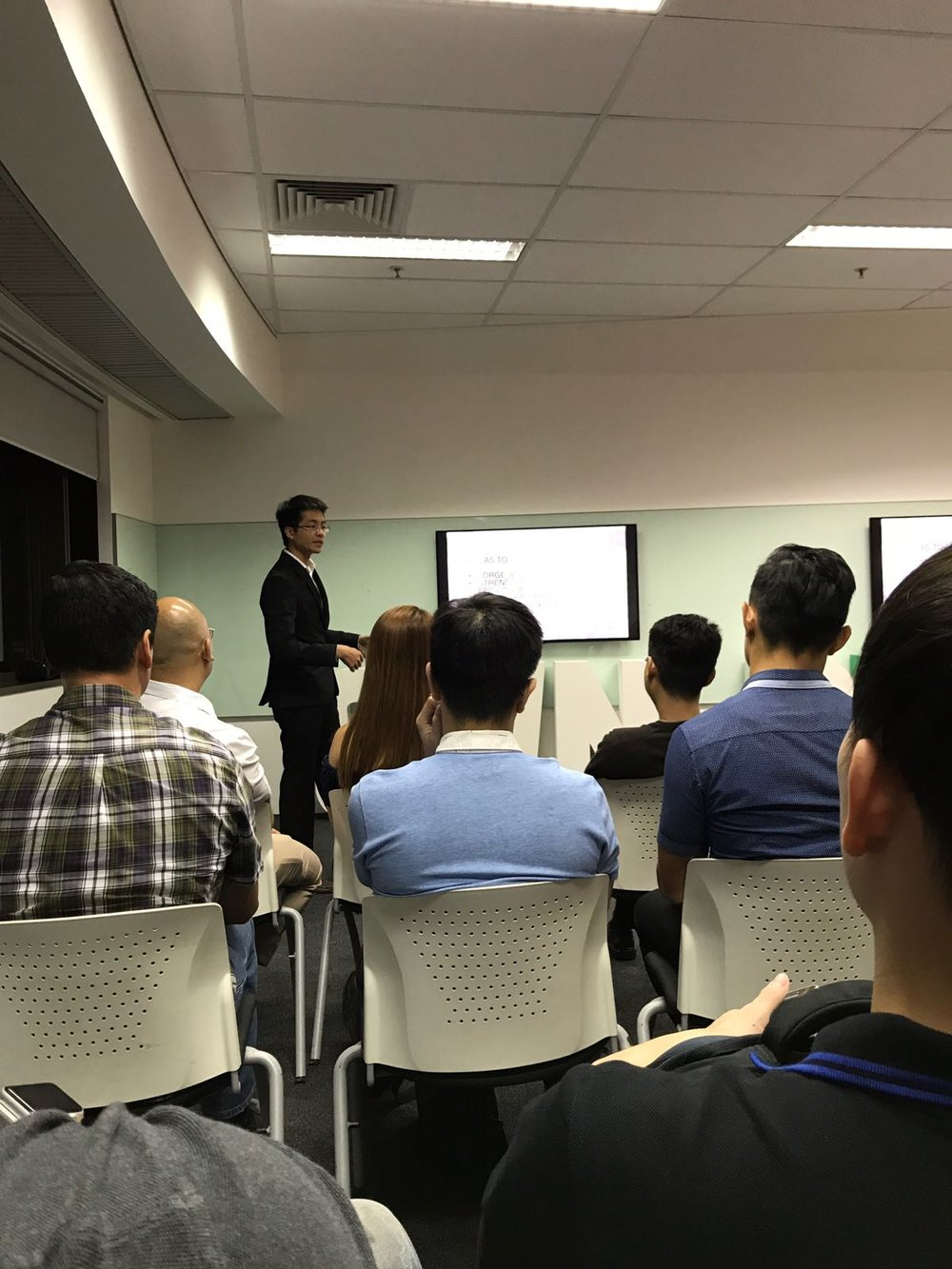 Business Networking Seminar held on 18 September 2017 at AXA Tower