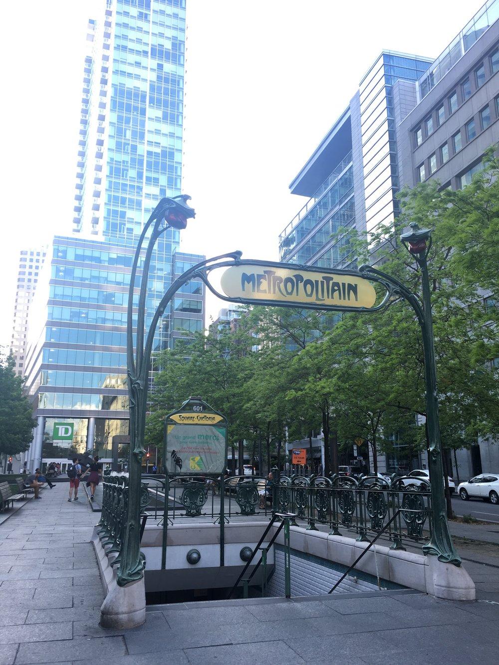 Resemble Paris metro
