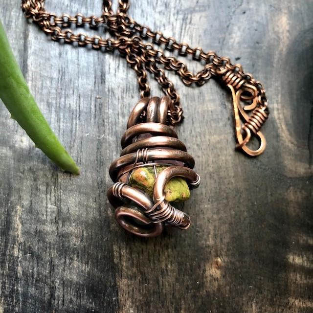 amulet2.jpg