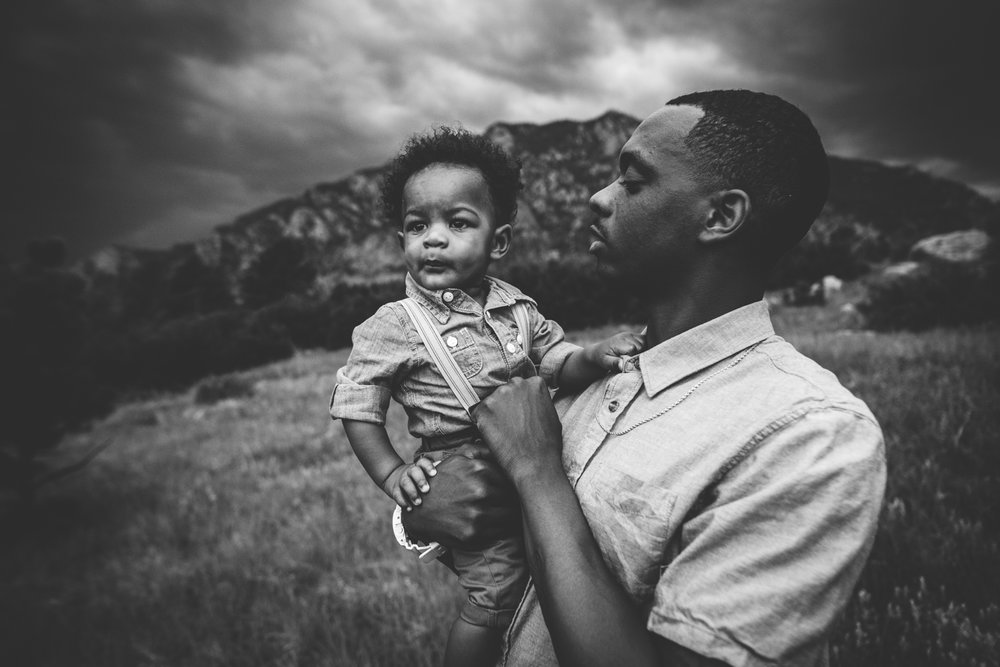 Military family has photography session at Cheyenne Mountain State Park in Colorado Springs.