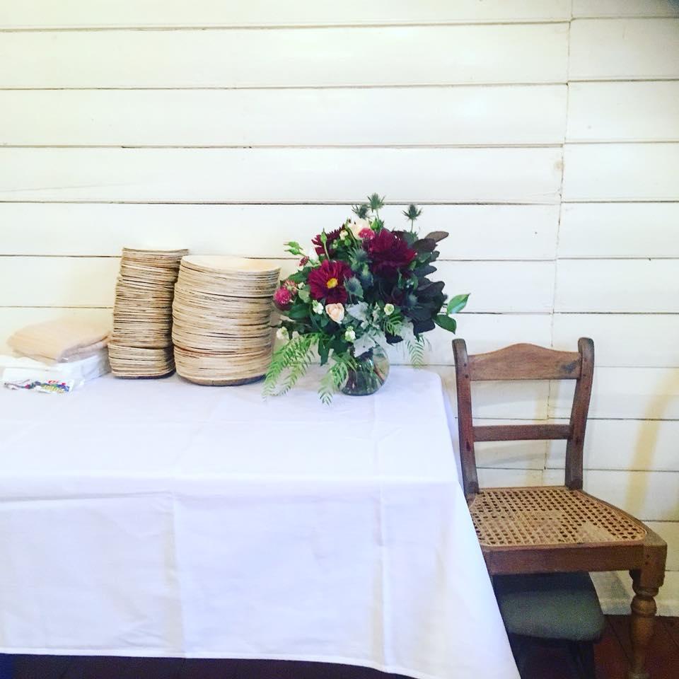 Easy Weddings -