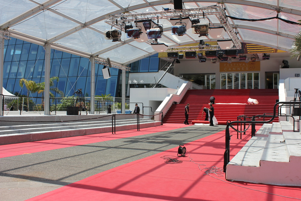 The red carpet getting a clean before the Stars arrive