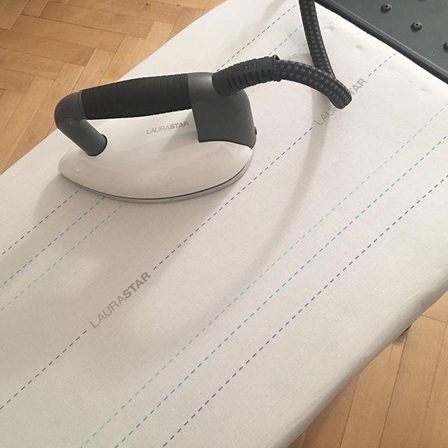 oh hello new gadget 😍 testing @laurastar tonight #ad #werbung #laurastar #laurastarsmart #ironing #bügeln