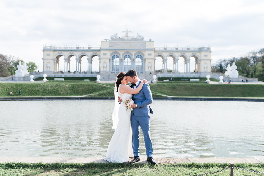 constantin_wedding_schloss_schönbrunn-229.jpg
