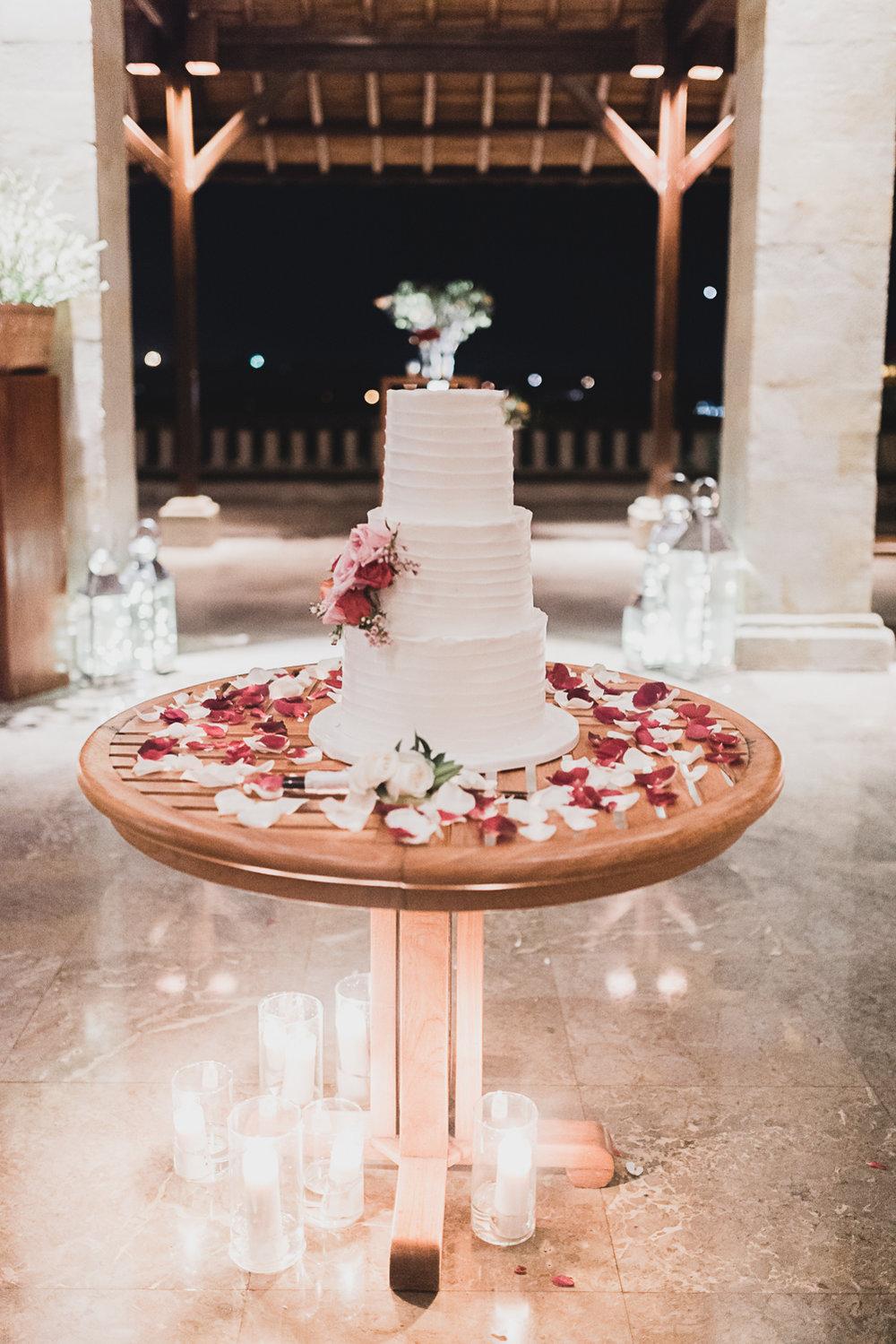 wedding-cake-bali