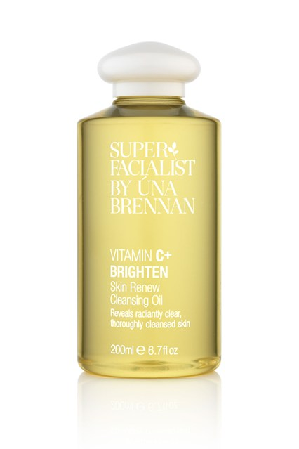vitamin-c-brighten-skin-renew-cleansing-oil-easy-living-28nov13_pr_b_426x639.jpg