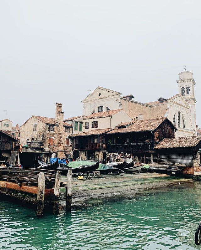 Fine craftsmanship, building the gondolas of tomorrow. | Venice, Italy