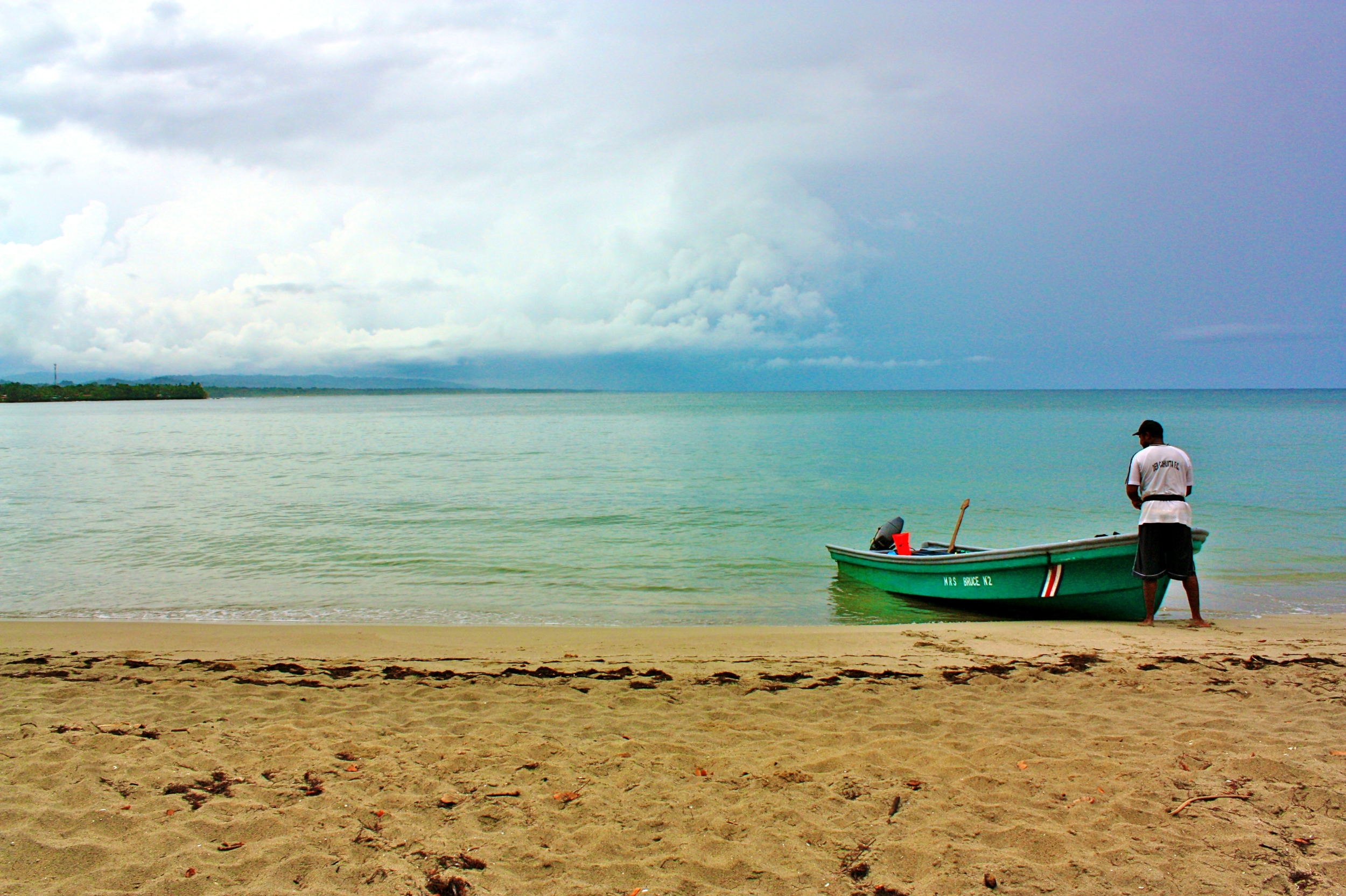 National Park of Cahuita beach & boat