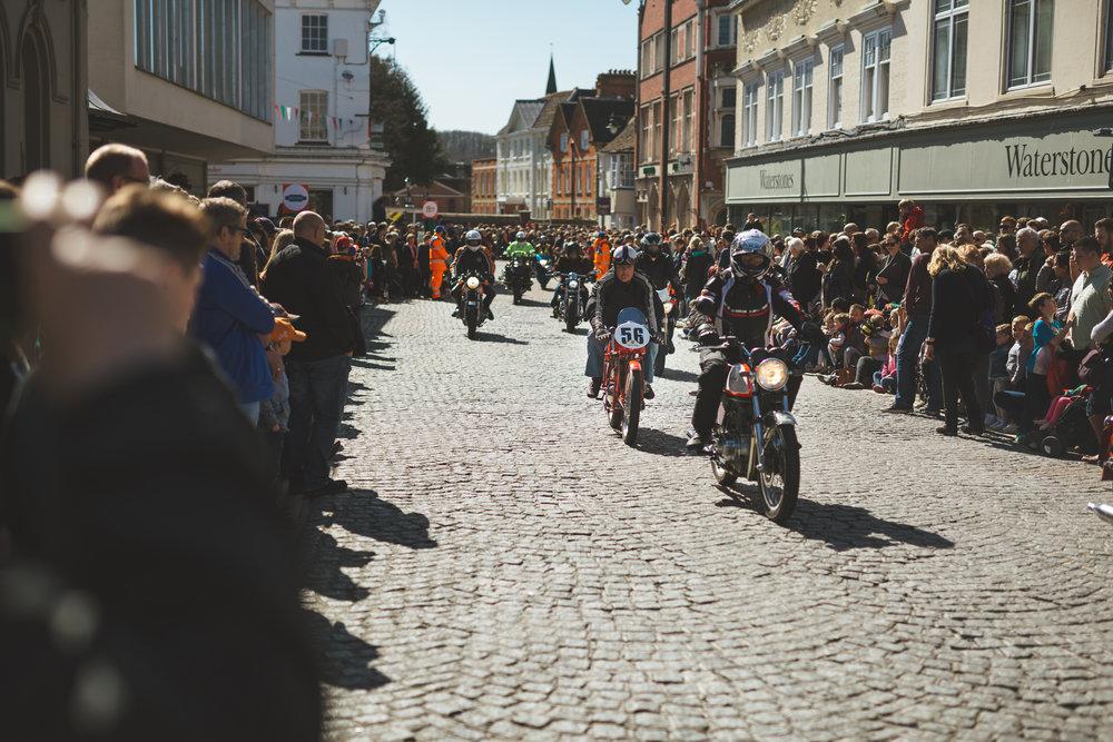 magazine_20160325_piazza16_P_piazza bikes for site__JAD1333.jpg