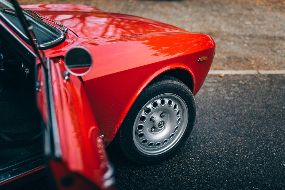 Ian Ellis Alfa-9083.jpg