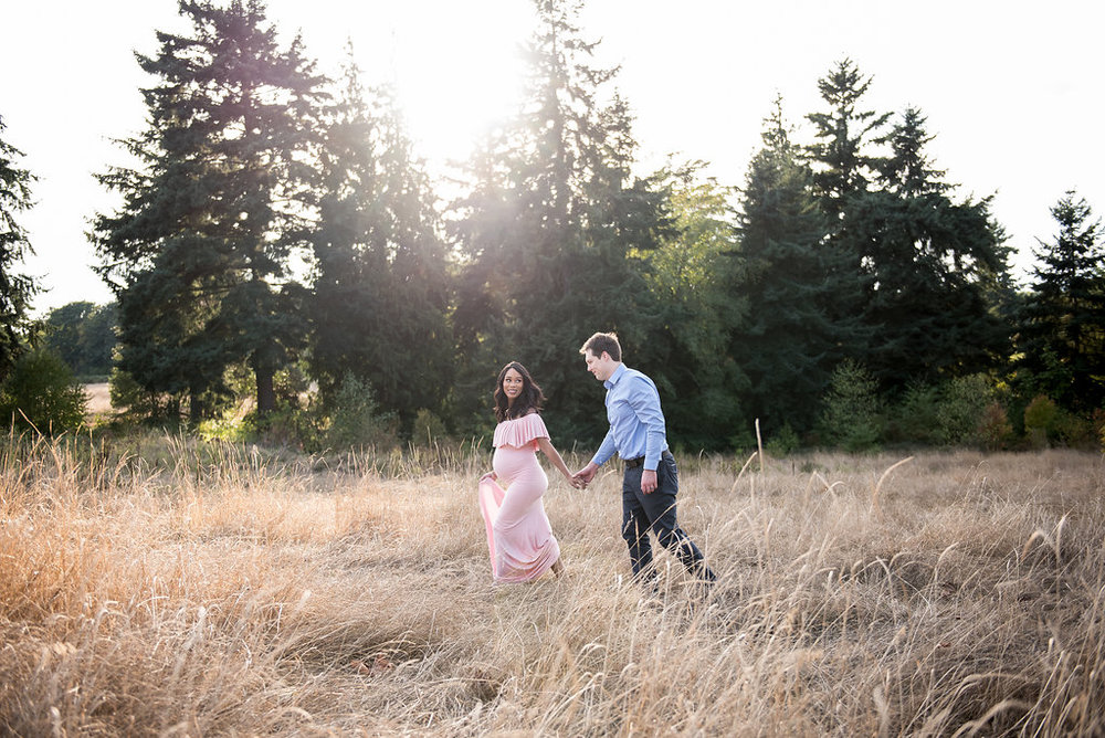 seattle maternity photographer summer maternity session