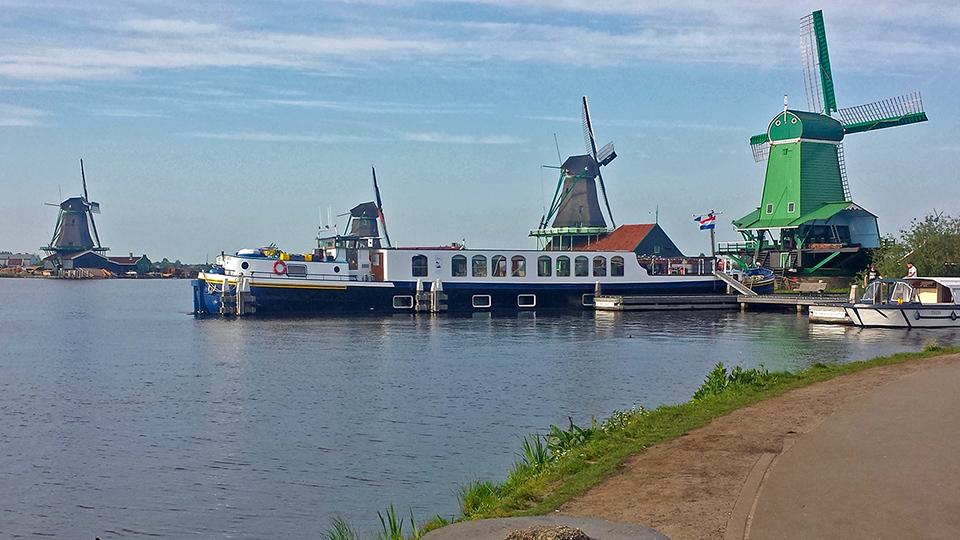Amsterdam2_Windmills.jpg