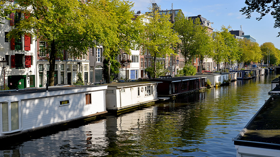 Amsterdam_Canals.jpg