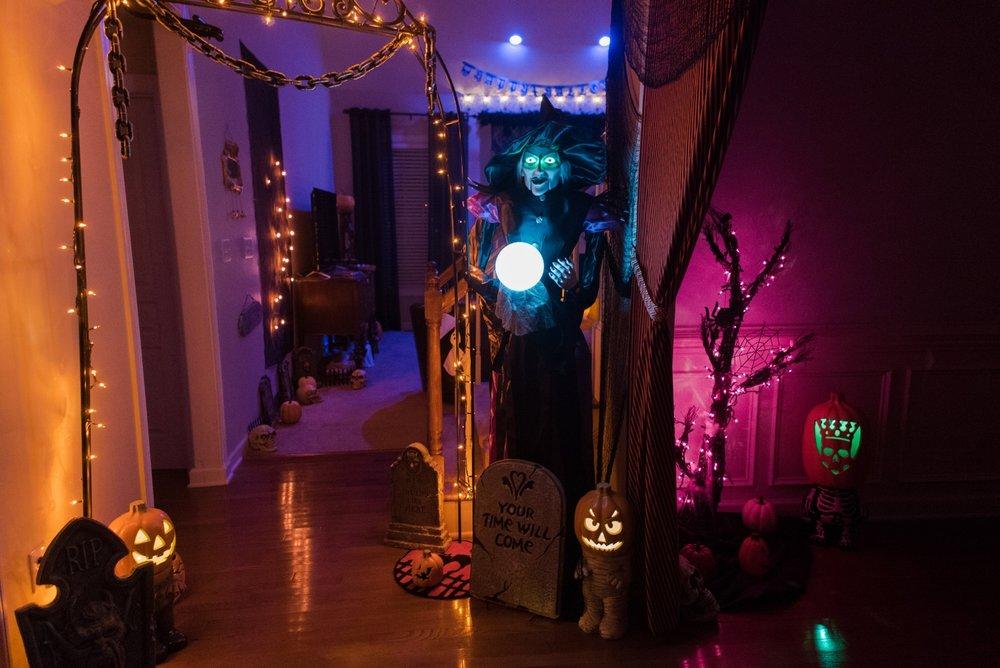 HalloweenEntryway.jpg