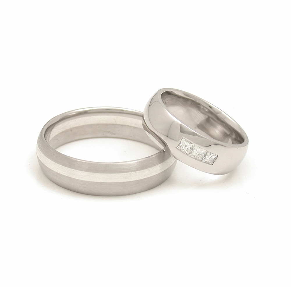 Rounded Asymmetric + Rounded Channel Set 3-Stone Wedding Bands